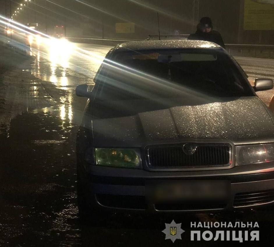 В Киевской области злоумышленники напали на людей и пытались их похитить, Фото: Національна Поліція