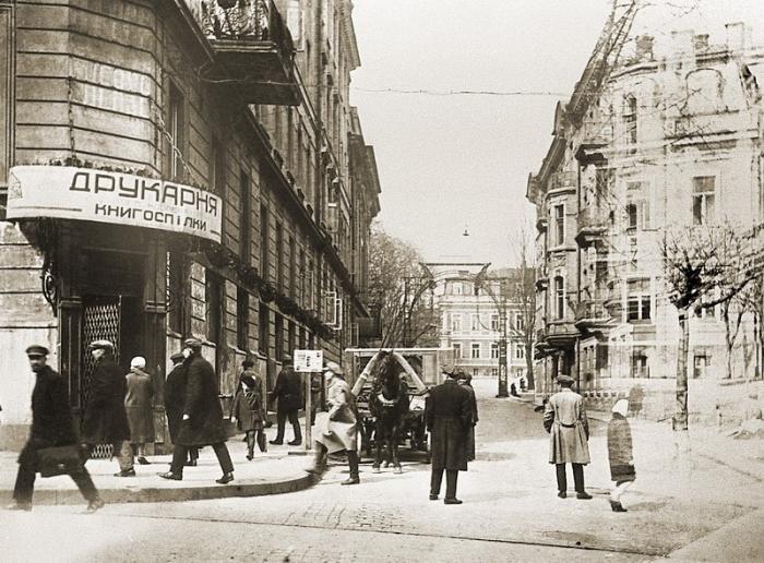Жизнь взаймы: какими были первые ломбарды в Киеве, - ФОТО, Фото: Викимапия