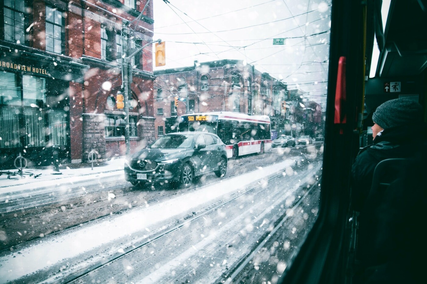 Зимой на чистой машине: ТОП-10 лайфхаков для киевских автолюбителей, Фото: andre furtado