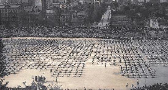 Фото: спортивный праздник на стадионе, 1925, Архив