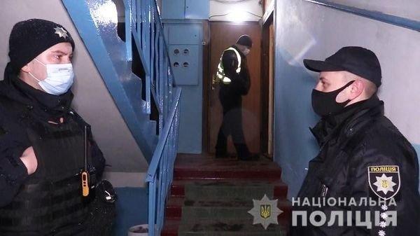 В Киеве теща смертельно ранила зятя, Фото полиции