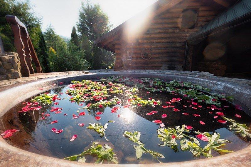 "Карпатський чан у готелі ""Жива Вода"", Фото - ""Жива вода"""