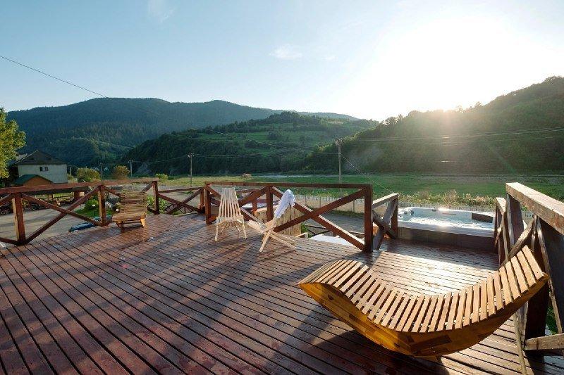 """Літня тераса у SPA-готелі """"Жива Вода"""", Фото - """"Жива вода"""""""