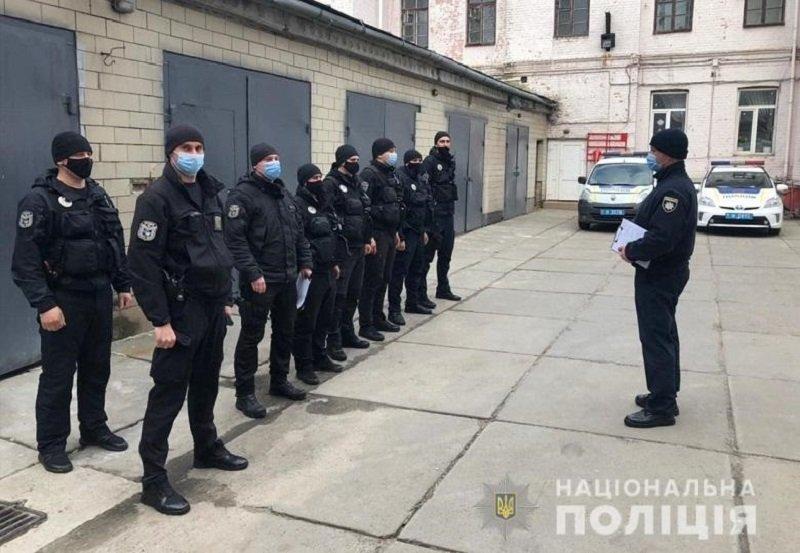 Полицейские Киева проверили 490 объектов и оштрафовали многих владельцев, Фото: Национальная полиция