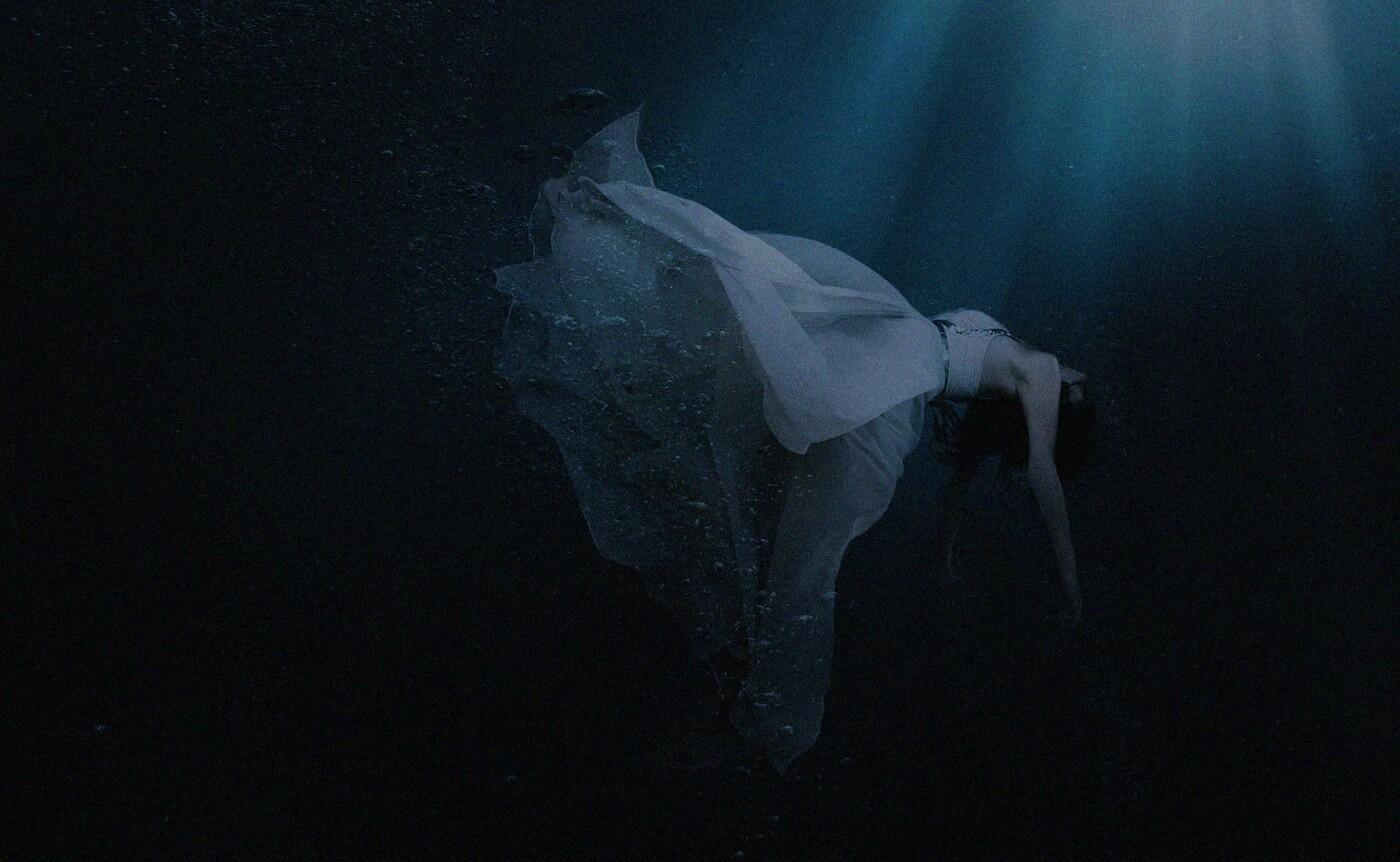 Красивая киевская легенда об обманутой утопленнице, которая наводит ужас, Фото: Pinterest