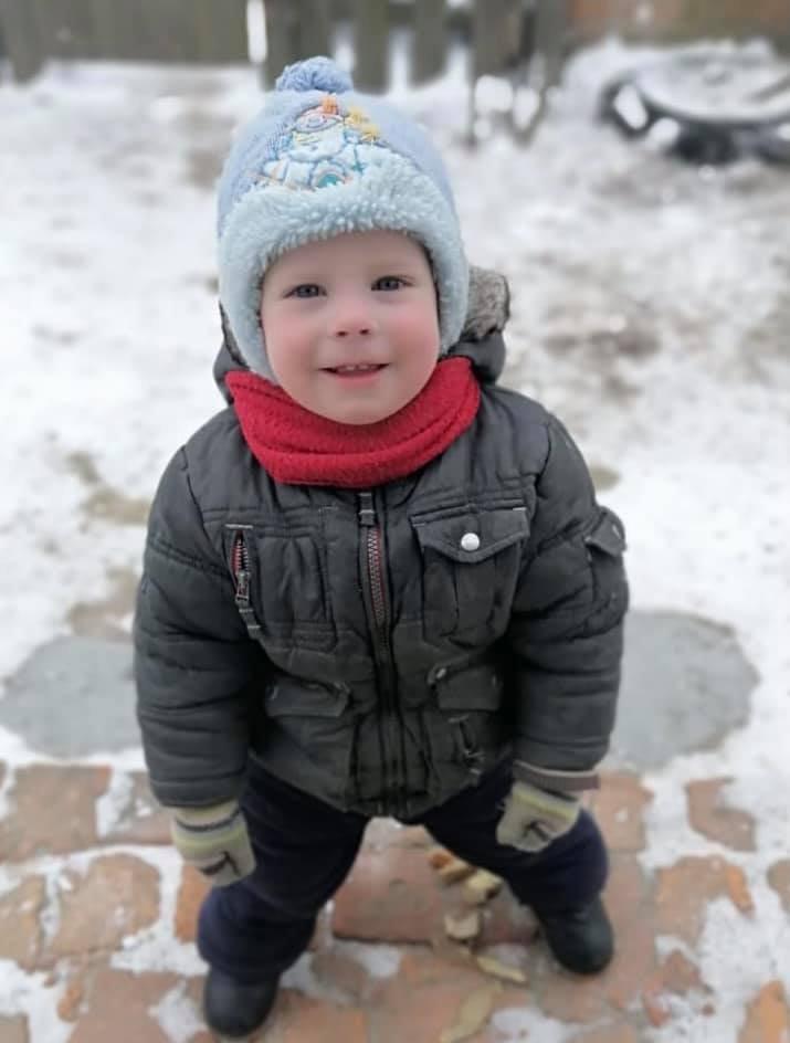 в Киевской области почти сутки разыскивают двухлетнего мальчикА, Фото со страницы службы розыска детей