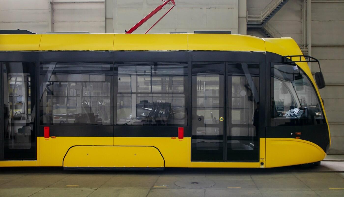 Киев закупит современные трамваи украинского производства, - ФОТО
