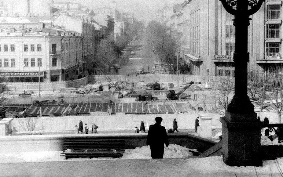 Строительство перехода на Крещатике, фото: Клуб коренного киевлянина