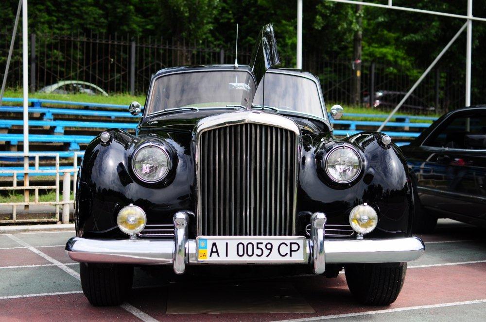 Выставка ретро автомобилей Киев 2021, фото: OldCarLand