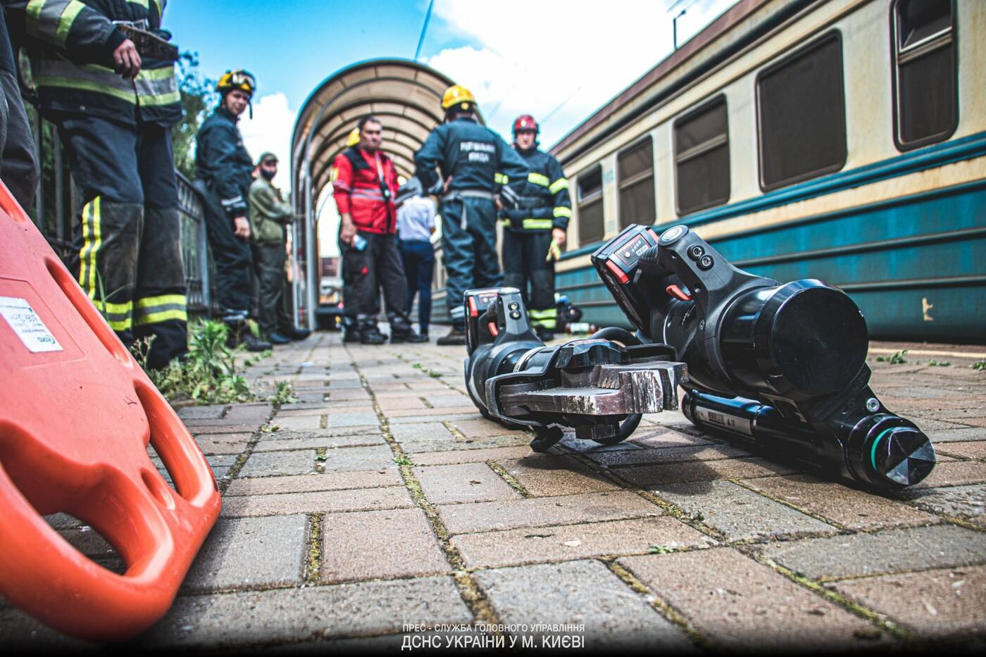 на станции Караваевы Дачи погиб мужчина