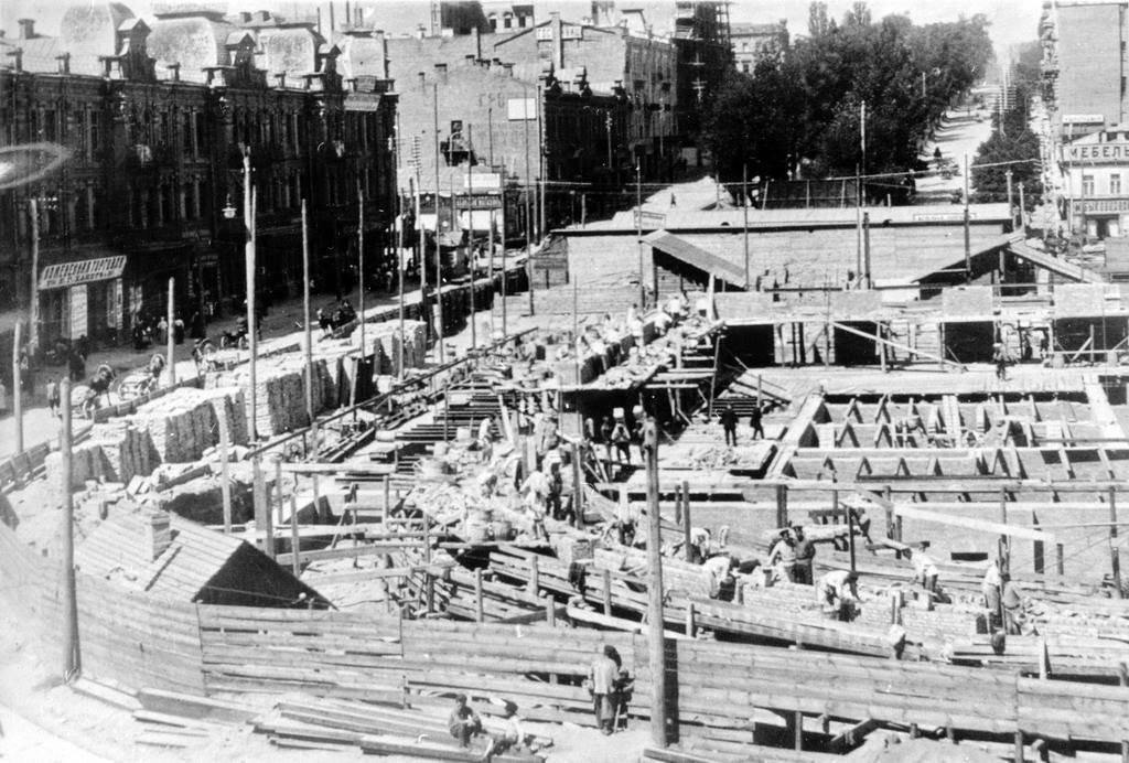 Бессарабский рынок, строительство в 1911, фото: Клуб Коренного Киевлянина, Елена Насырова