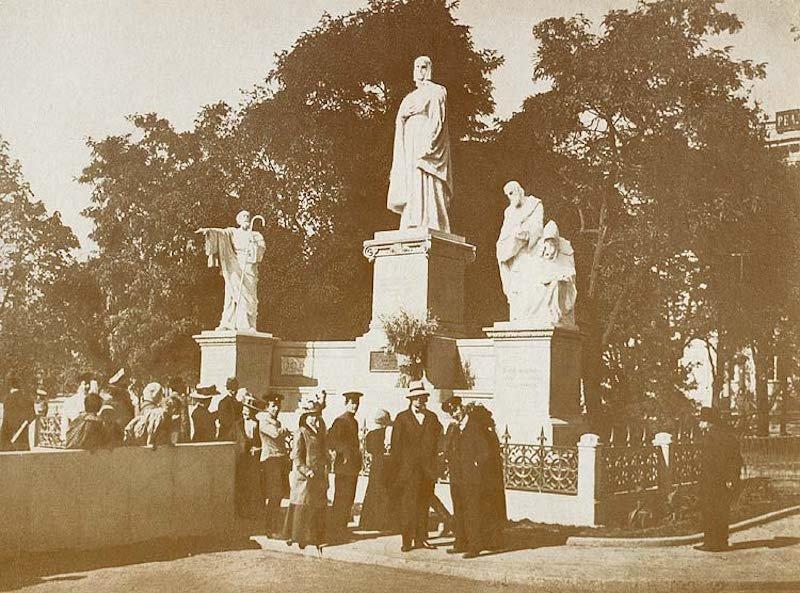 Памятник в 1911 или 1912 году, Фото: Київ від минулого до майбутнього
