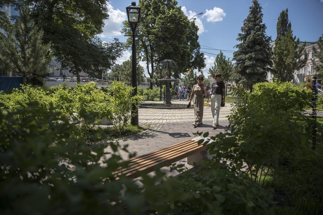 Сквер в Старом Киеве, Фото: КМДА, Виталий Кличко