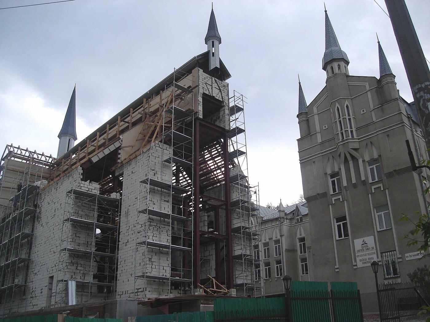 Церковь Адвентистов Седьмого дня в Киеве, Фото: Википедия