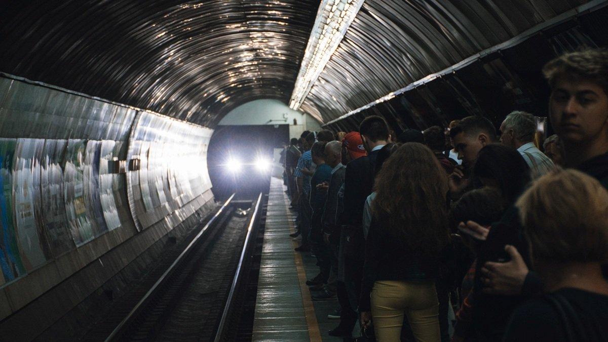 Колеи метрополитена в Киеве