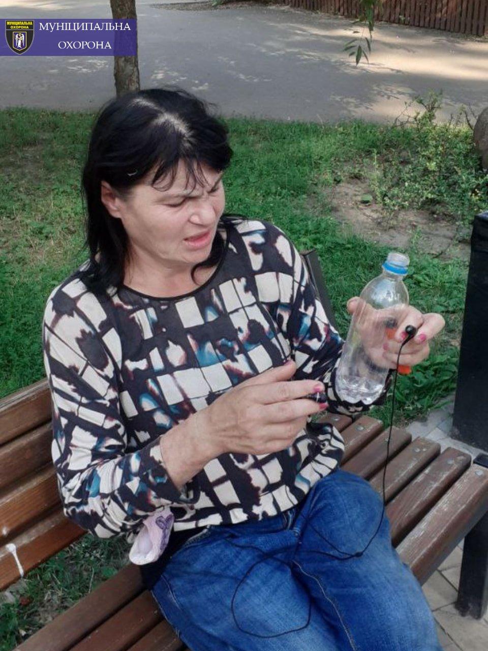 В Киеве пьяная женщина хотела изнасиловать несовершеннолетнего