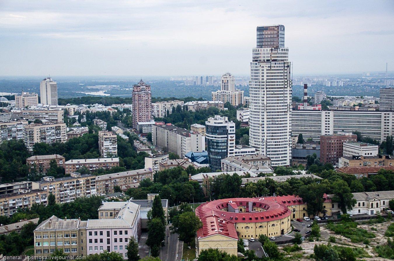 Кловский спуск, самое высокое здание Киева